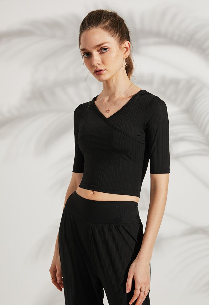 Stripe Crisscross Front Hooded Crop Sports Top in Black