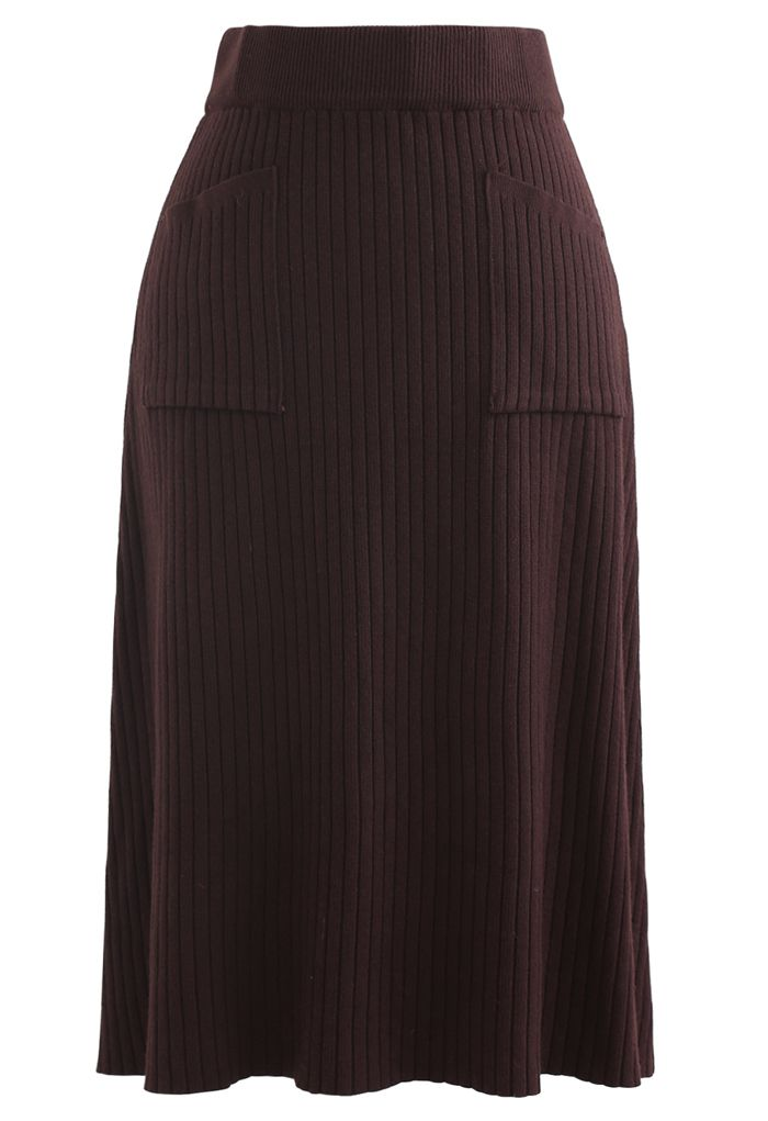 Two Patched Pockets Knit Skirt in Brown