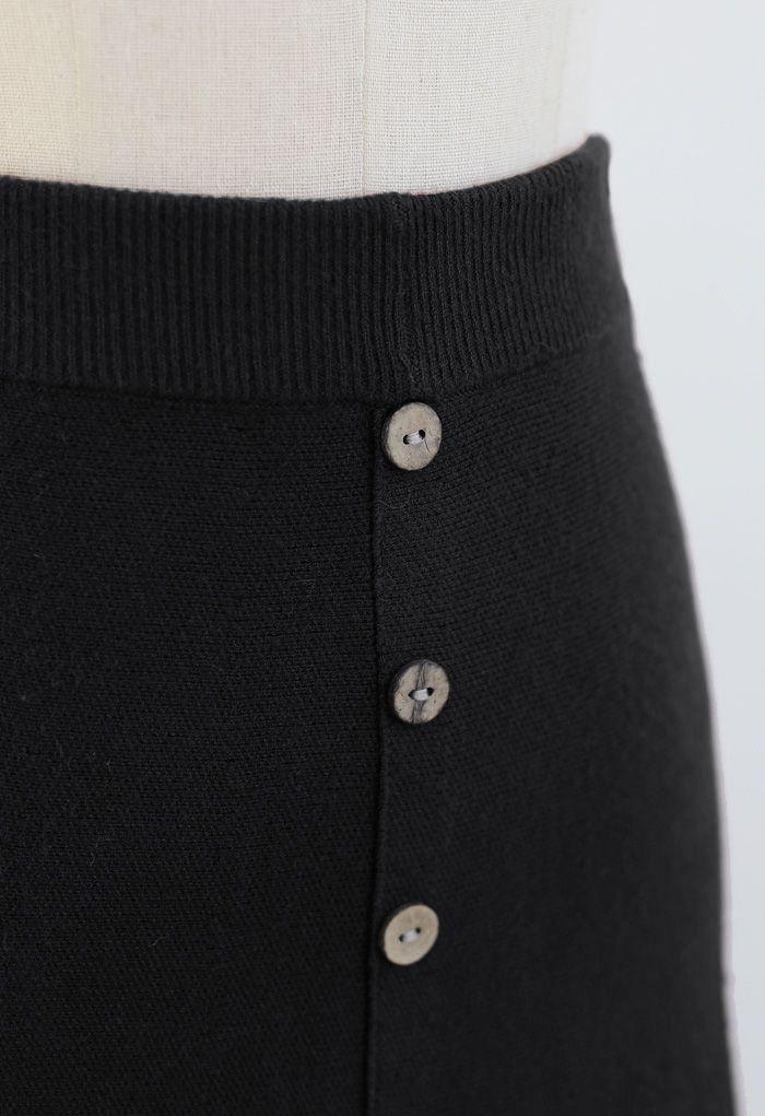 Scrolled Hem Button Knit Midi Skirt in Black