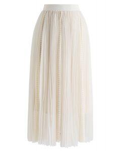 Exquisite Mesh Lace Pleated Midi Skirt in Cream