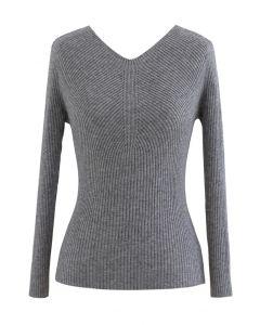 Seamless V-Neck Ribbed Knit Top in Grey